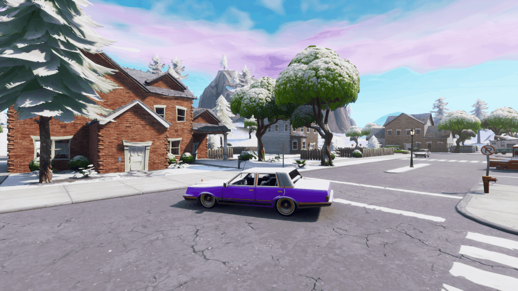 Houses and purple car in Pleasant Park, Fortnite season 7