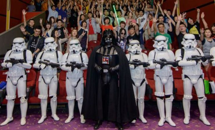 star-wars-se-exhibe-de-manera-oficial-por-primera-vez-cines-de-china-trilogia-disney-festival-shanghai-1