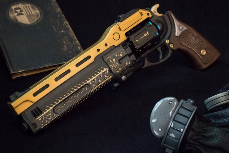 Destiny Cosplayer Eric Newgard Last Word Hand Cannon