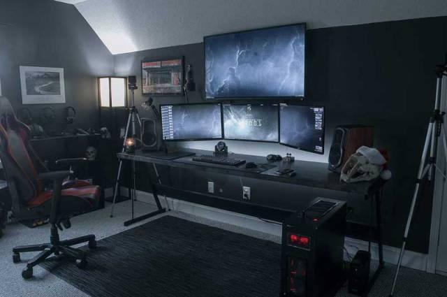 Postazioni gaming multi monitor