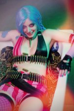 jinx___league_of_legends_by_thelematherion-d81vofr