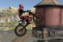 Moto Trials Junky Yard 2