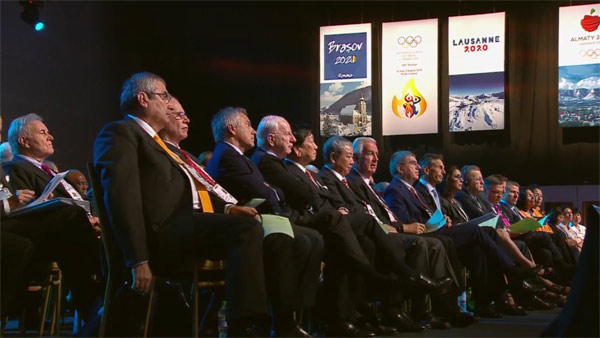 IOC Executive Board watches Brasov 2020 YOG bid presentation