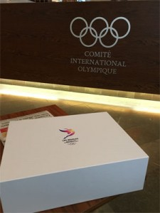 LA 2024 Bid Book delivered to IOC on USB drive (LA 2024 Photo)