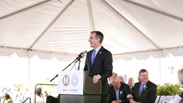Los Angeles Mayor Eric Garcetti opens new Metro Rail line (Twitter Photo)