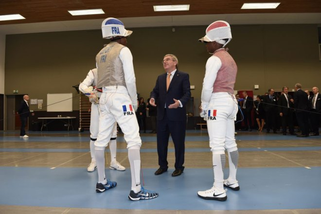 President Bach talks Fencing with Brice Guyart, Enzo Lefort and Jean Paul Tony Helissey (Paris 2024 Photo)