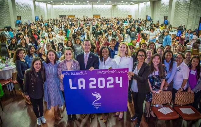 LA 2024 Vice Chair Janet Evans promotes women's equality in sport at Mayor Eric Garcetti's inaugural State of Women & Girls Address and Young Women's Assembly (LA 2024 Photo)