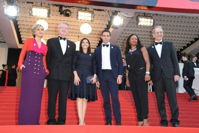 Paris Mayor Anne Hidalgo and Bid Co-Chair Tony Estanguet (center) among Paris 2024 delegation at Cannes Film Festival (GB Photo)