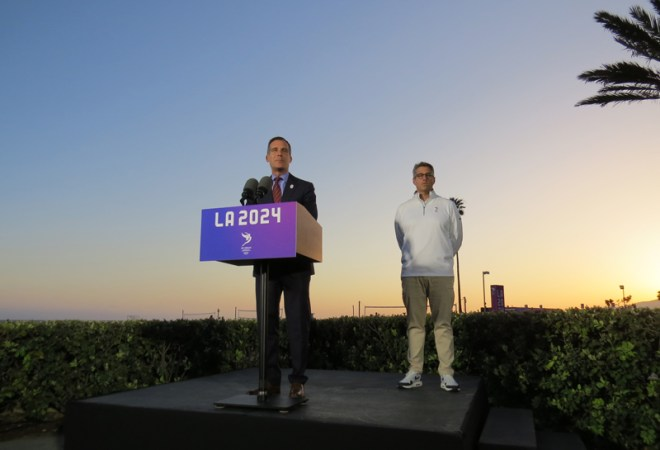 As the sun sets on the LA 2024 Evaluation Commission Visit, LA Mayor Eric Garcetti (left) and Casey Wasserman continue to drive a compelling narrative (GamesBids Photo)
