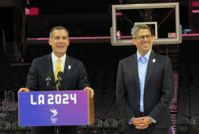 Battle for 2024 hots up as IOC heads to LA