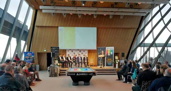 World Snooker and the World Professional Billiards and Snooker Association launch campaign for inclusion at the Paris 2024 Games at the Eiffel Tower (WSF Photo)
