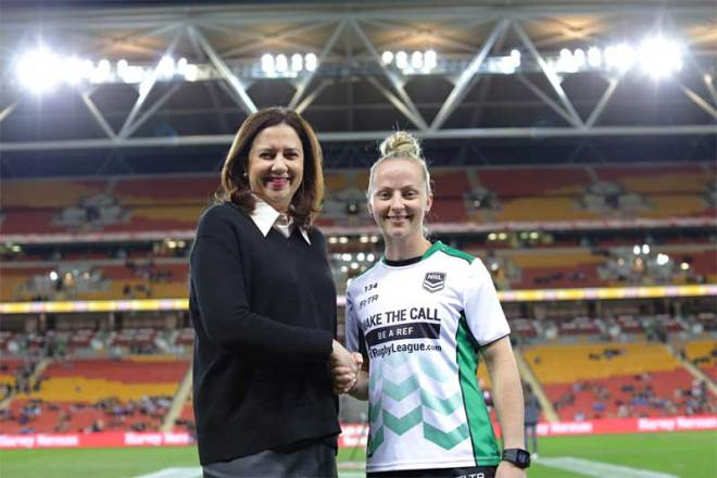 Queensland Premier Annastacia Palaszczuk (left) poses with Australian rugby league referee Belinda Sharpe (Palaszczuk/Twitter Photo)