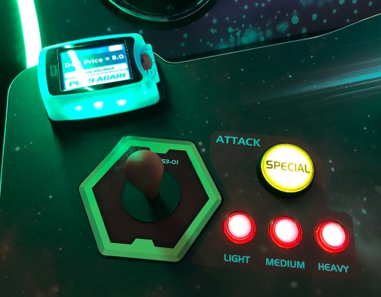 Image of gameplay controls on MCOC arcade game