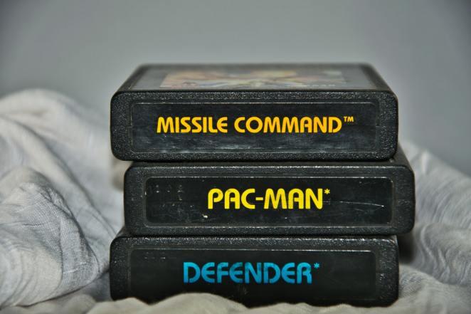 Atari game cartridge
