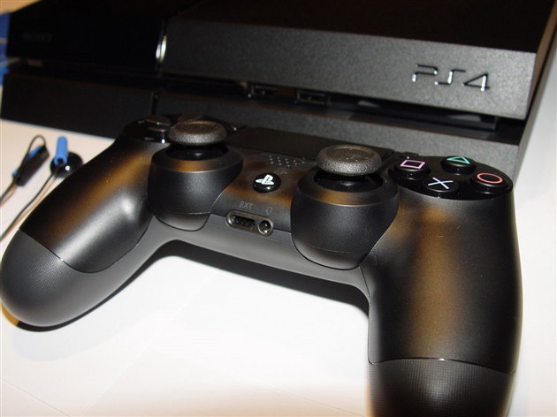 playstation-4-photos-4