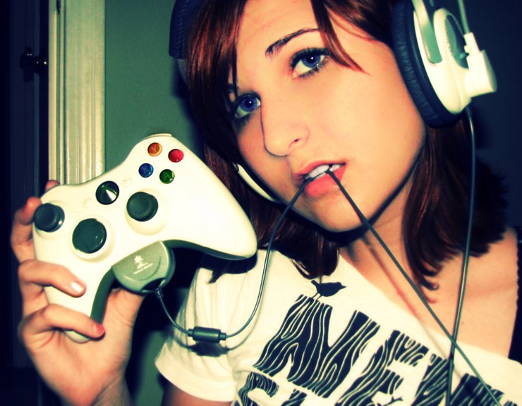 gamer_girl___xbox360_by_istoleyourshiny-d30rsdz-1