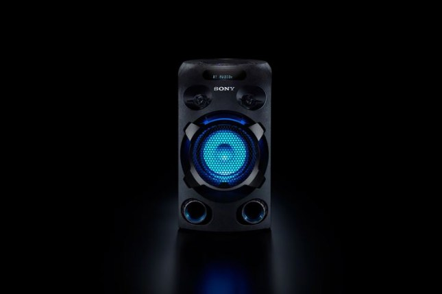 MHC-V02_speakerlight-Large
