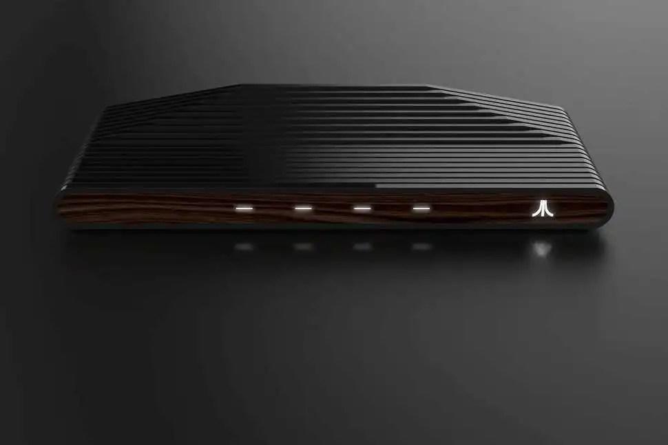 Ataribox, prime foto della nuova console retro