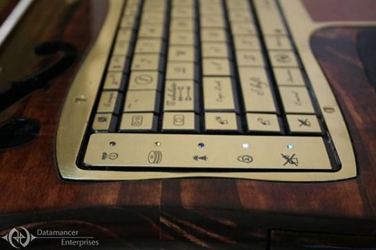 datamancer-steampunk-laptop-2nd-revision-7