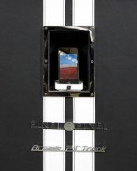 Eine iPhone-Dockingstation fählt nicht. (Foto: neimanmarcus.com)