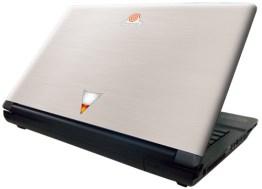 Der Laptop im SEGA-Design. (Foto: Ebten)