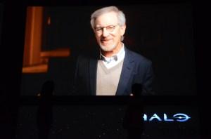Ein neues Halo? Nicht ganz. Steven Spielberg wird eine Webserie basierend auf dem SciFi-Franchise produzieren. Ohne Peter Jackson. Hihi.