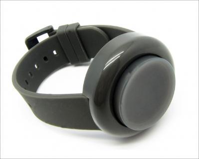 Die Button-Uhr (Foto: click-watch.com)