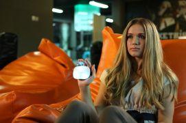 Gesteuert wird lässig vom Sofa aus (Foto: Kickstarter)