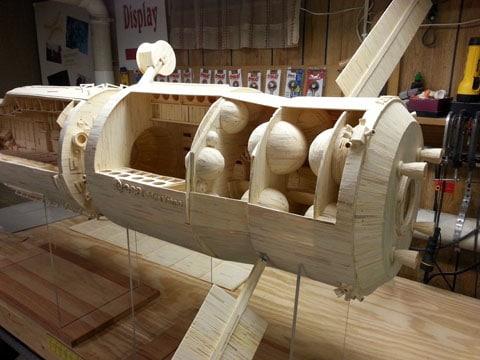 Eine Raumstation komplett aus Streichhözern (Foto: matchstickmarvels.com)