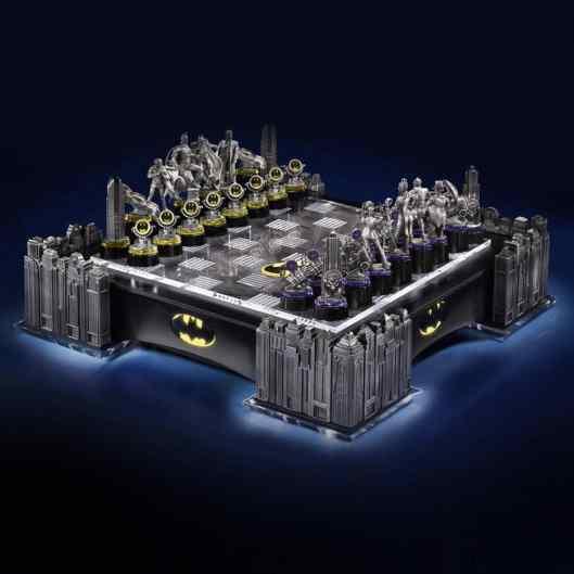 Batman Chess Set (Foto: WBShop)
