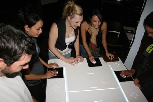 Mehrere Varianten des Tisches existieren. (Foto: Brent Bushnell)