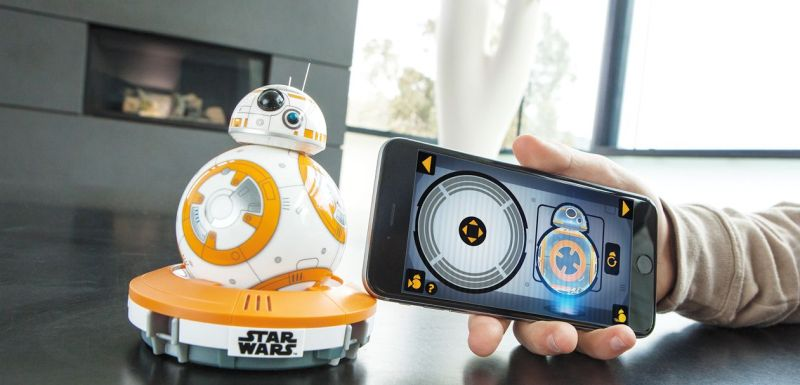 Gesteuert wird BB-8 mittels App. (Foto: Orbotix)