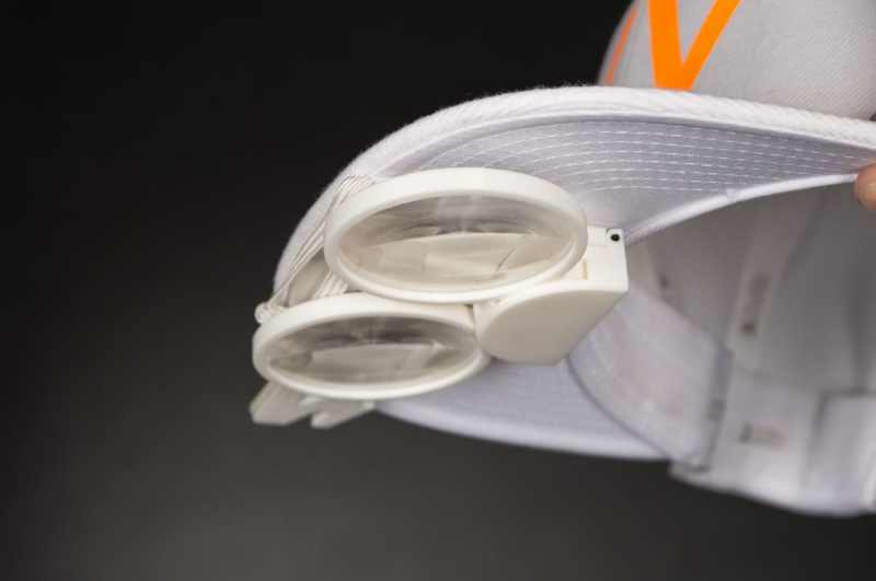 Direkt an der Mütze angebracht. Ihr könnt die Linsen auch entfernen. (Foto: Can Ansay)