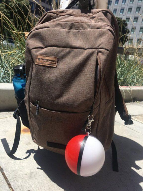 Passt an den Rucksack. (Foto: Etsy)