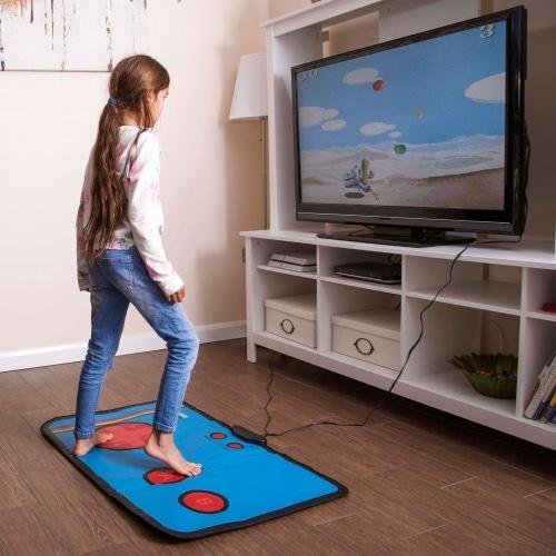 So wird gespielt mit der Tanzmatte für Kinder. (Foto: Thumbs Up UK)