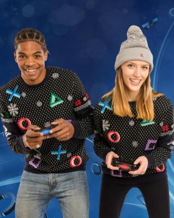 Der PlayStation-Pullover mit Symbolen. (Foto: GeekStore)