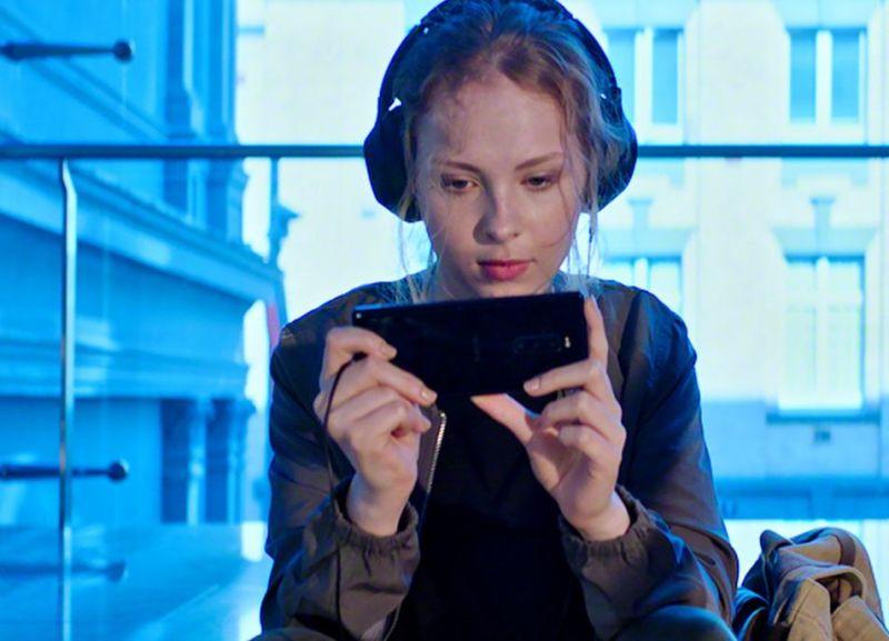 Ein ungewöhnliches Format für ein Smartphone. (Foto: Sony)