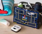 Pac-Man: Nerdiger Kulturbeutel für eure Reisen