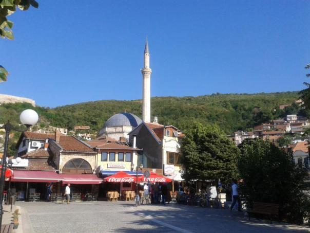Paseando , en Prizren .