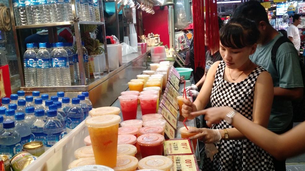 Street juice, travel Singapore.