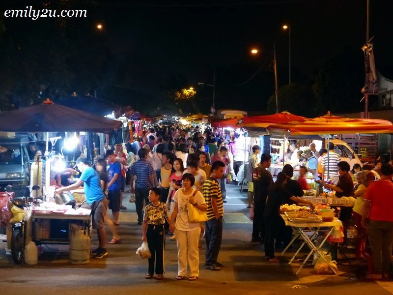 Pasar Malam Bercham