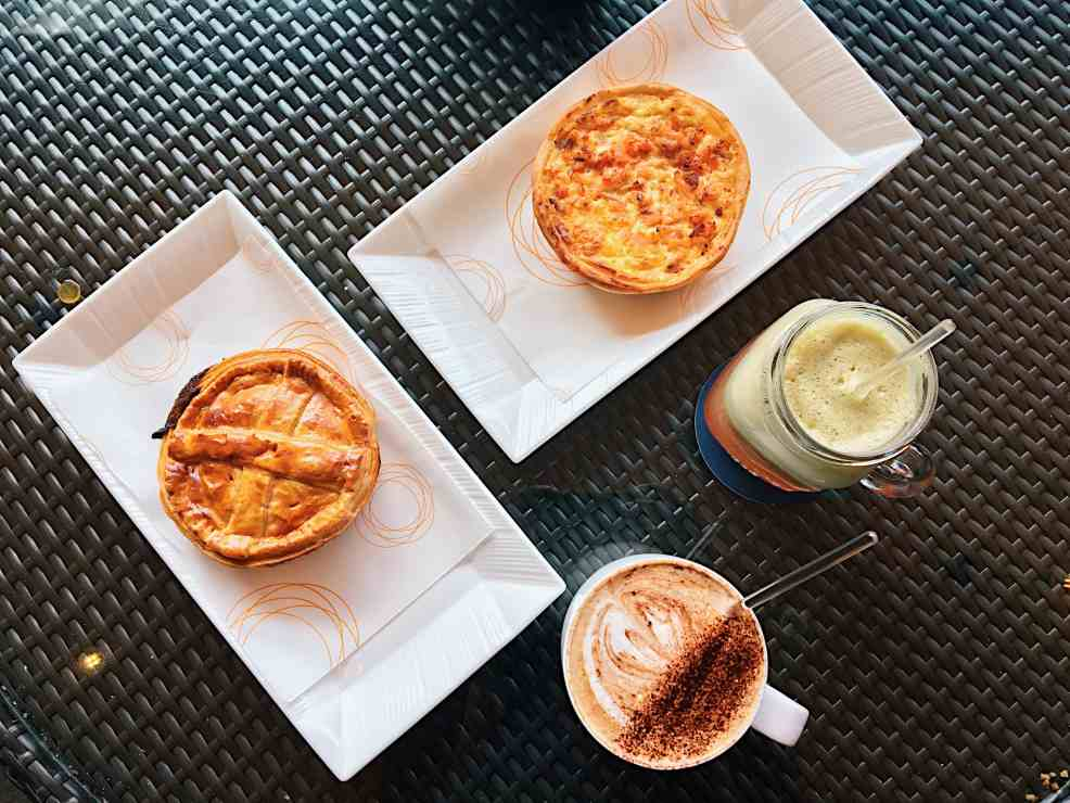Pie, coffee and smoothie in the great Kuala Lumpur experience