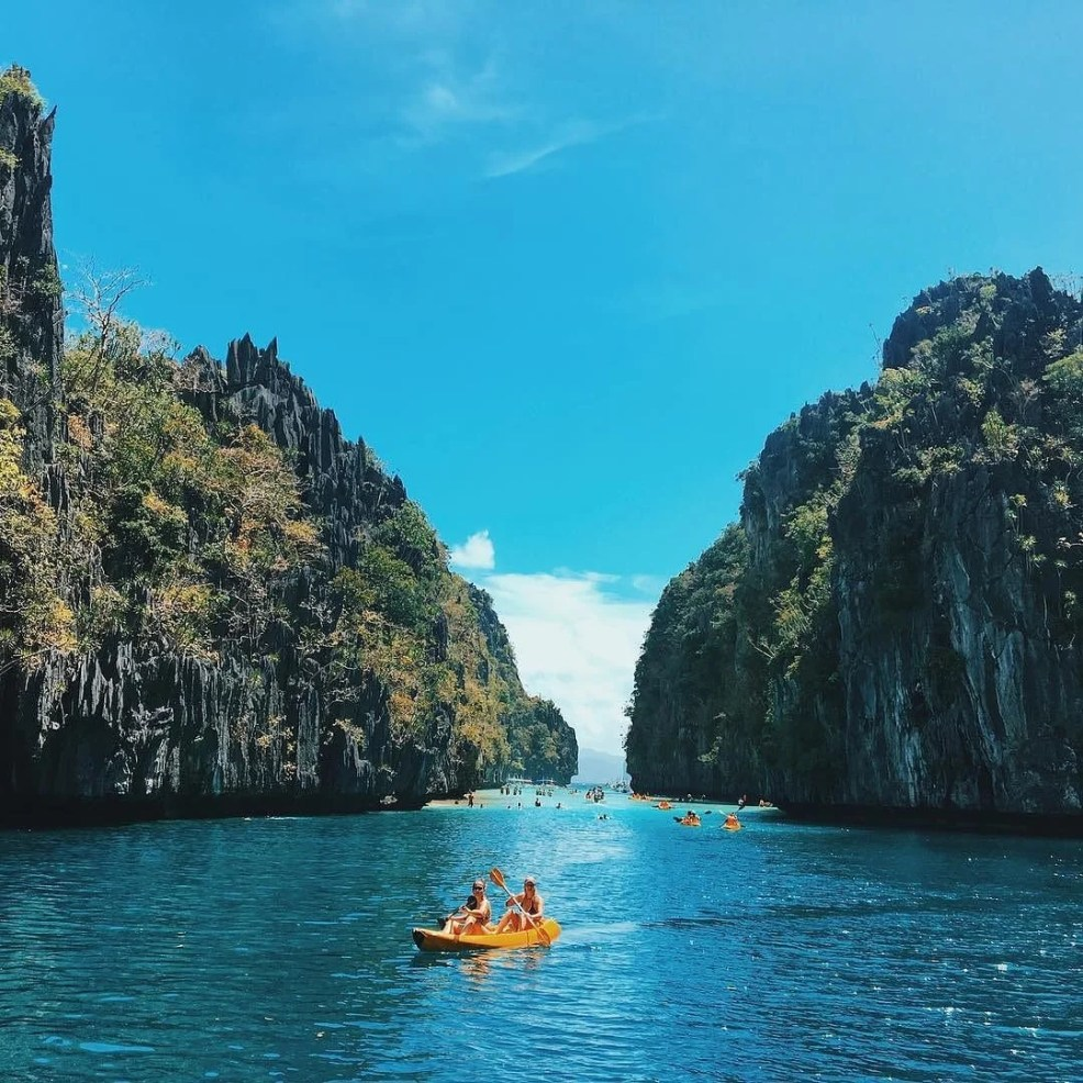 el Nido travel guide, things to do in El Nido, el nido island hopping, things to do in el nido aside from island hopping, things to do in el nido at night, el nido palawan itinerary, nightlife in el nido