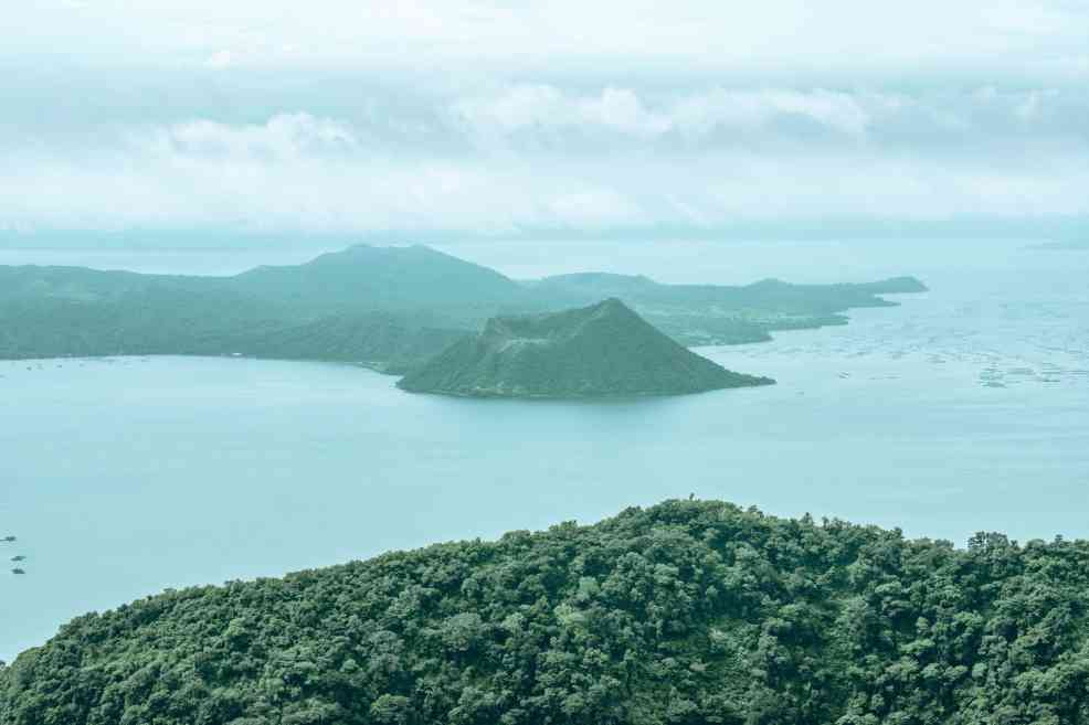 How to get to Tagaytay from Manila, Taal Volcano