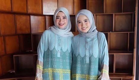 14 Padu Padan Baju Muslim dan Gamis Warna Hijau Tosca