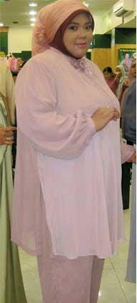 Tips Mudah Berbusana Muslim Untuk Wanita Bertubuh Gemuk