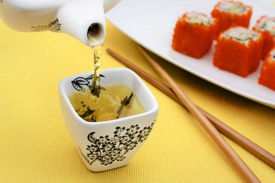 sushi dan teh hijau untuk diet