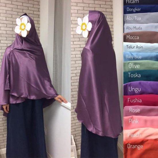 contoh jilbab khimar dai bahan satin velvet