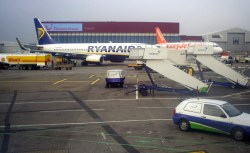 Easyjet_and_ryanair_aircrafts