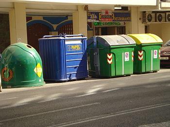 Contenedores selectivos de residuos u...